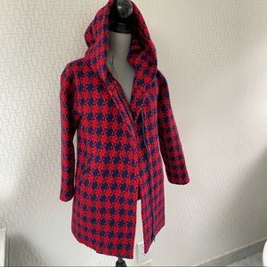 BNWOT Lili Sidonio Red and Navy Houndstooth Hooded Coat